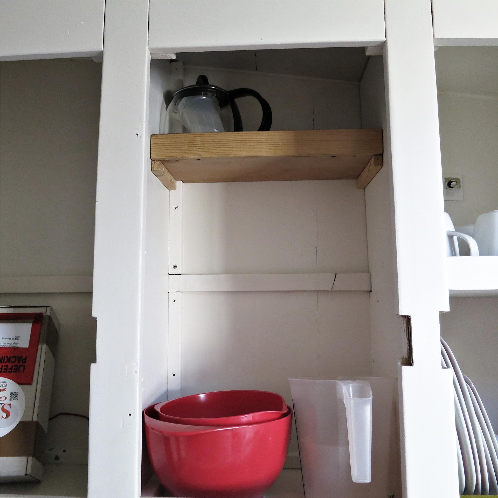 hell 39 s kitchen 14qm. Black Bedroom Furniture Sets. Home Design Ideas