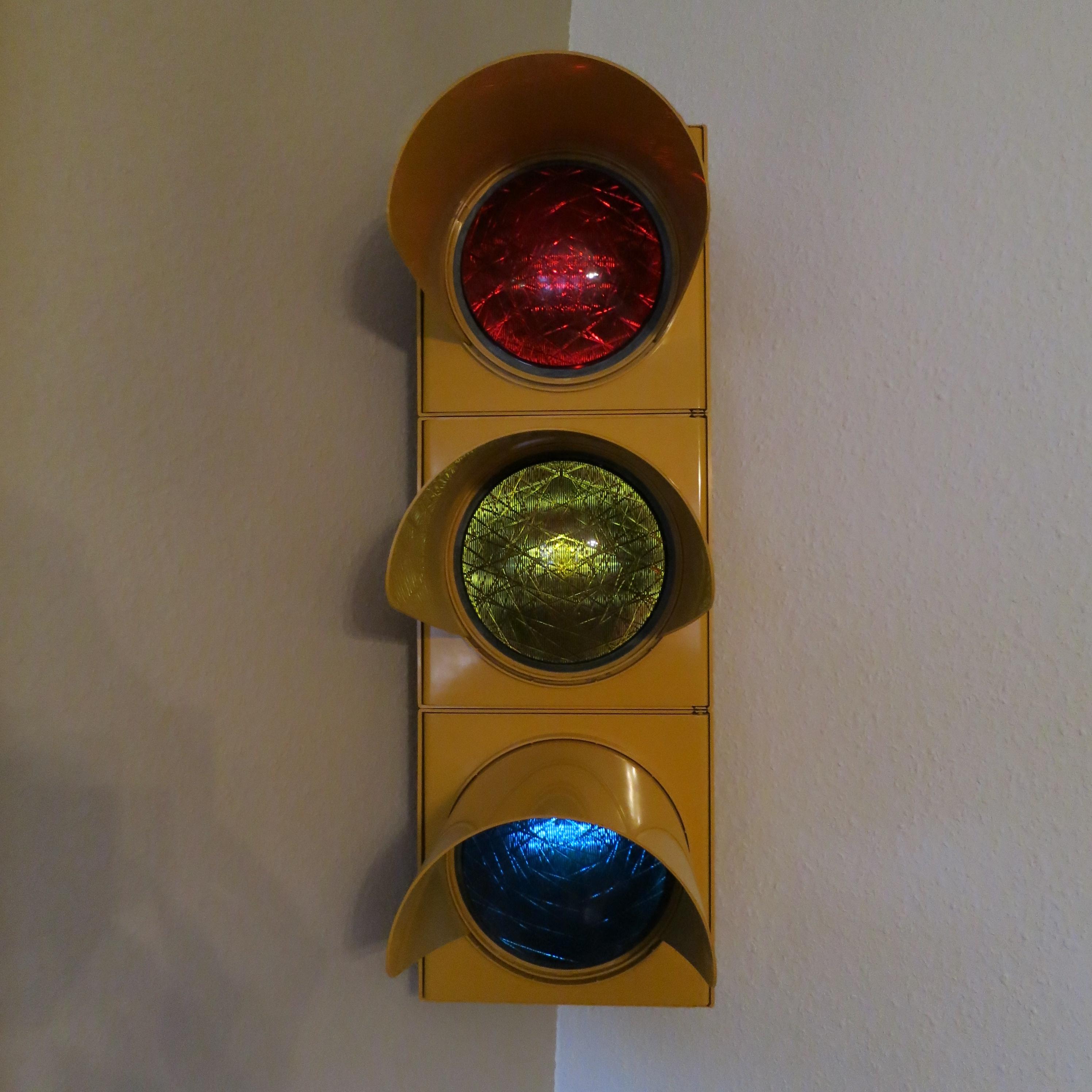 Ampel auf LED-Beleuchtung umgebaut 10 € zzgl. Versand
