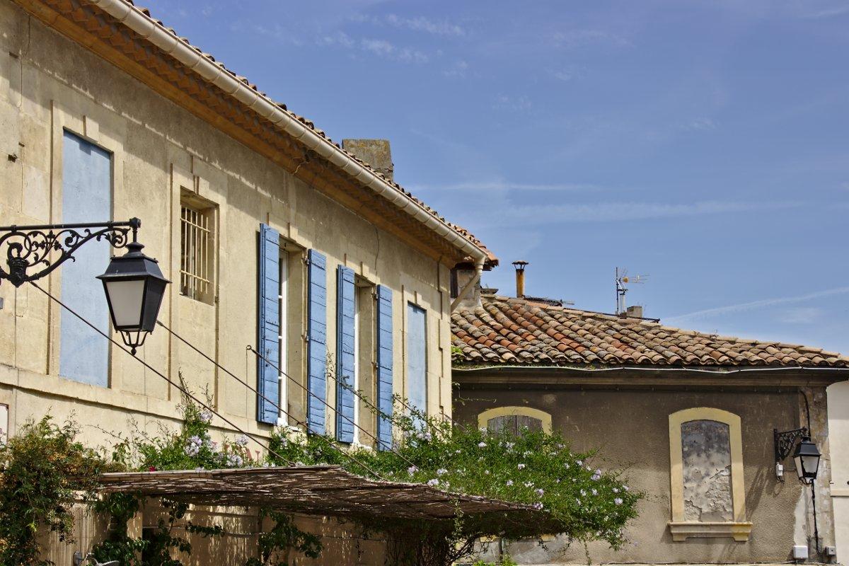 Arles 12