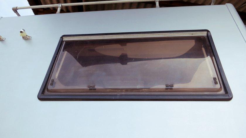 Kleben und dichten bei 14qm 14qm for Fenster neu abdichten
