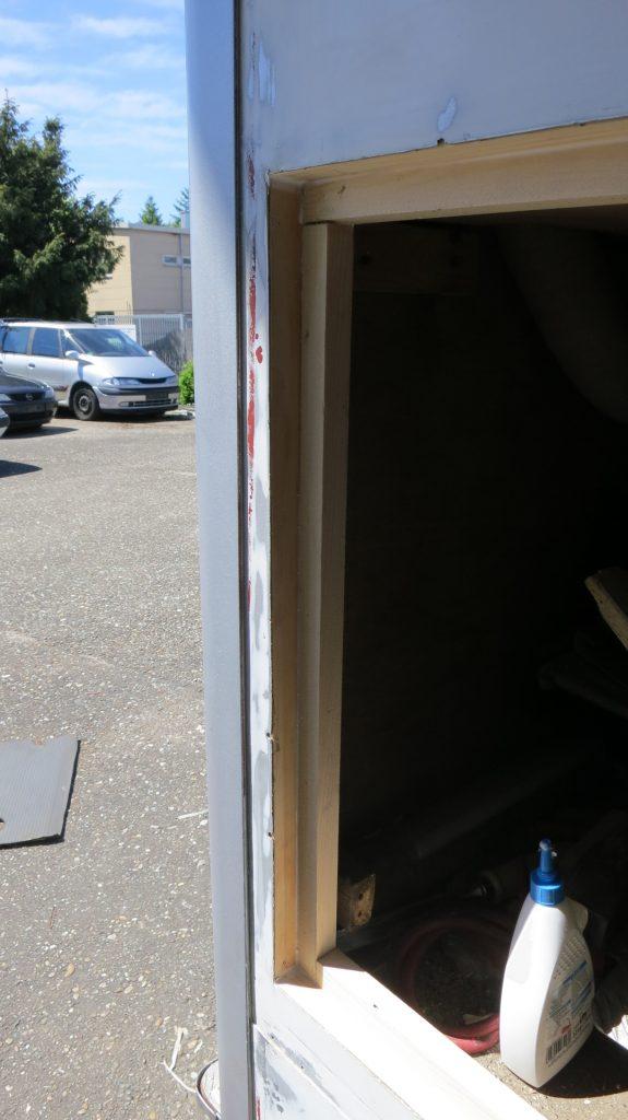 Rahmen der Kofferklappe neu aufgebaut