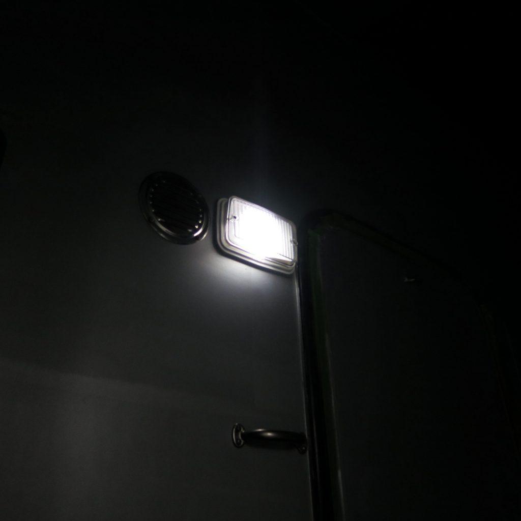 Außenleuchte nach Umbau auf LED