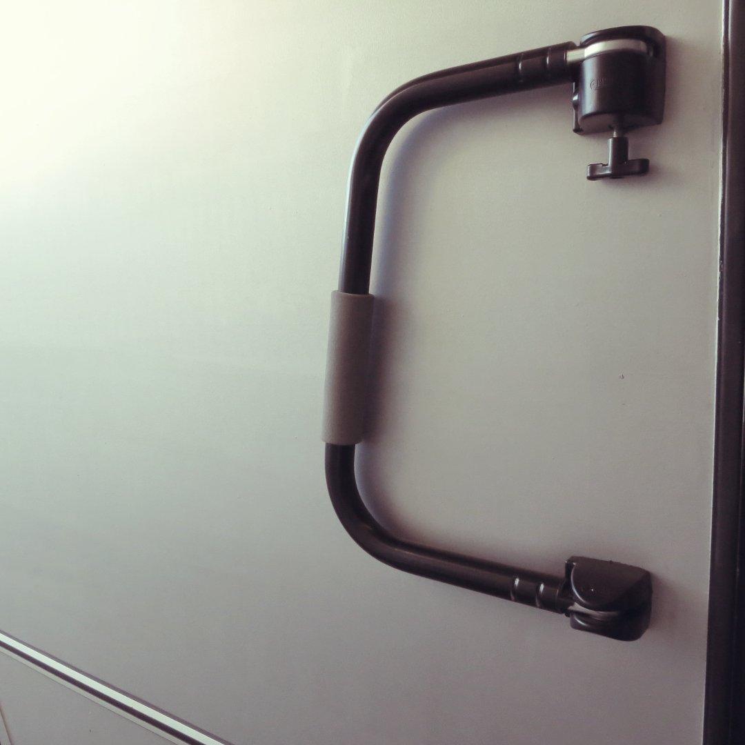 FIAMMA Sicherungsbügel schwarz lackiert