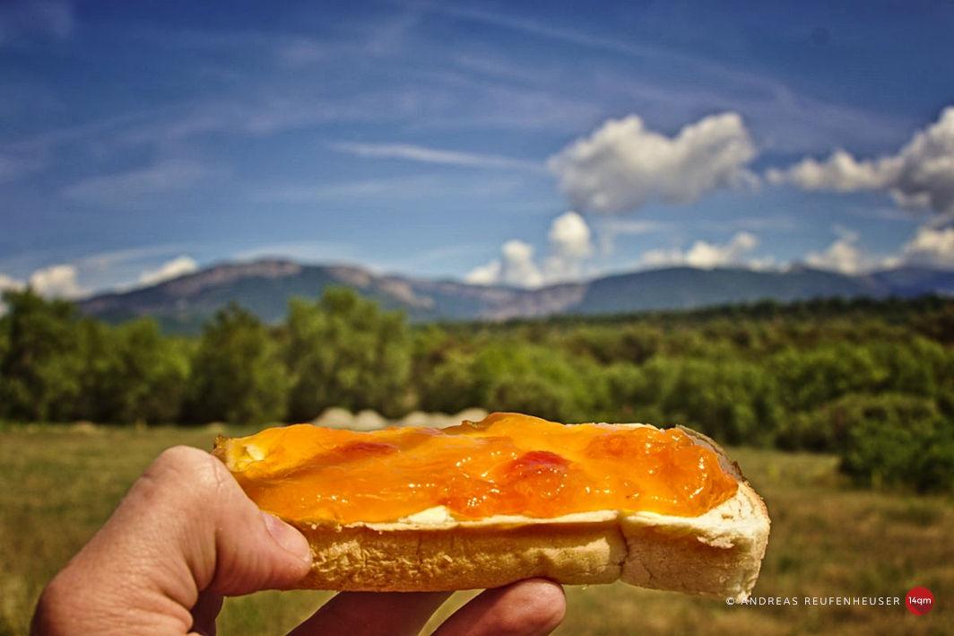 Aprikosenmarmelade vom Straßenrand