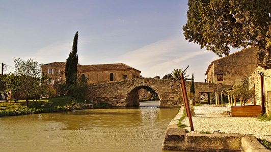 Die Brücke von Le Somail