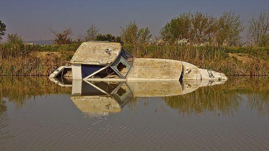 Bootswrack im Canal du Midi
