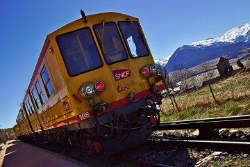 07b Train Jaune