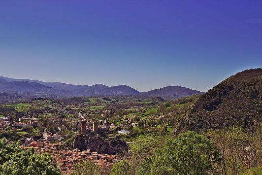 13b Sicht auf Foix