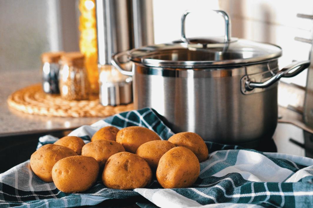 """Featured image for """"Aligot – Sehr leckere Kartoffelspezialität vom Aubrac"""""""
