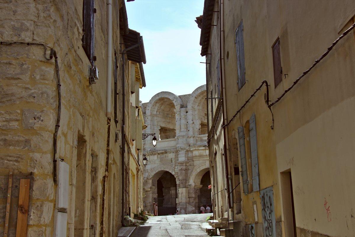 Arles 03