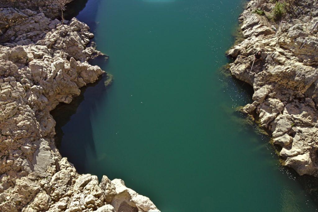27c Die Pont du Diable (Brücke des Teufels) am Ende des Gorges de l'Hérault