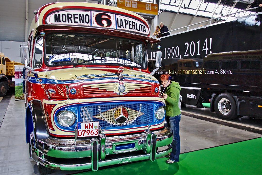 Retro Classics Bus