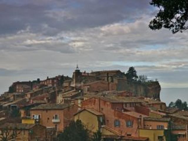 21a Roussillon