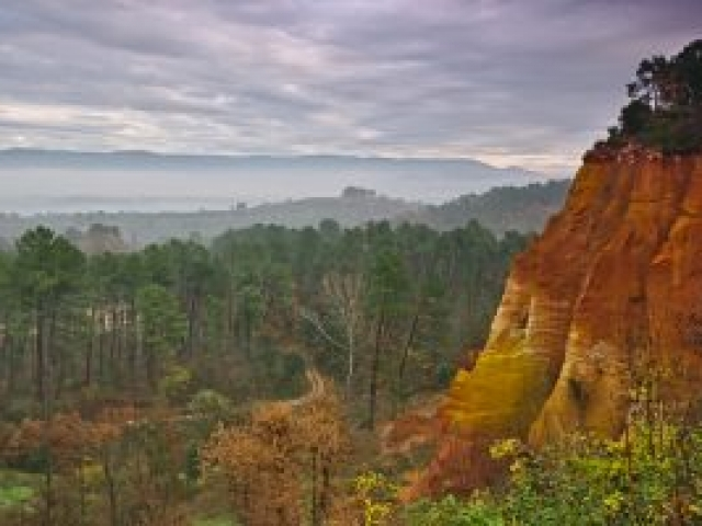21b Roussillon - Die Ockerfelsen
