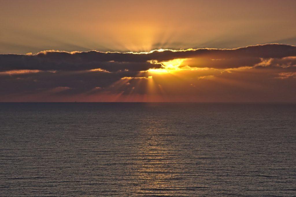 17 Sonnenaufgang am Cap Sicié