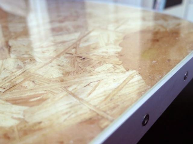 Tischplatte mit Plexiglas